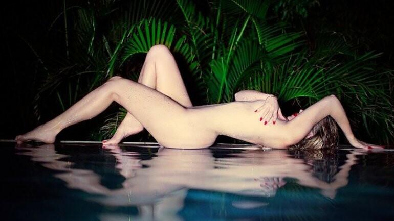 Khloe Kardashian desnuda en instagram (1)