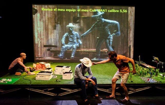 La Agrupación Señor Serrano sube al Teatro El Musical 'A house in Asia'.