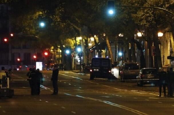 La Guardia Civil realiza una operación contra la financiación ilegal del PP de Madrid.