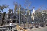 Fallas, instalacion valla para Mascletaes en la plaza del ayuntamiento *** Local Caption *** Fallas