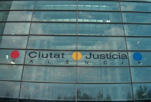 Los jueces de Valencia reclaman medios para atender a las personas en riesgo de exclusión social.
