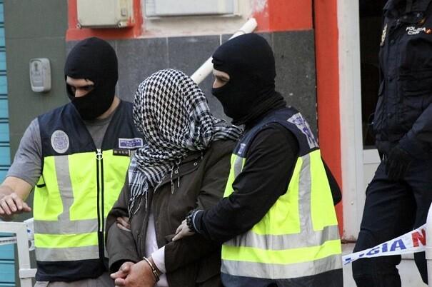 Los siete presuntos terroristas detenidos enviaban ' class=