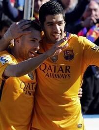 Luis Suárez celebra su gol.