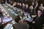 El President de la Generalitat, Ximo Puig,mantiene una reunión de trabajo con los diputados y senadores valencianos para abordar la cuestión de la financiación autonómica. 16/02/2016. Foto: J.A.Calahorro.
