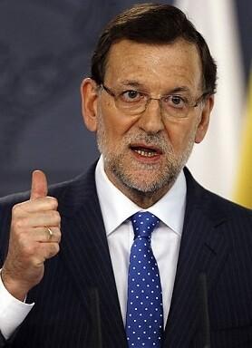Rajoy criticó que Sánchez necesitaría muchos apoyos para gobernar.