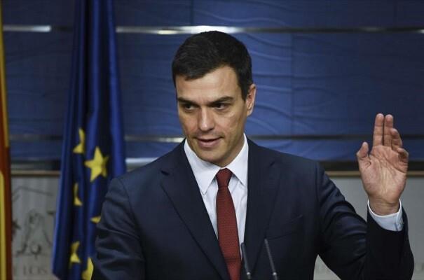 """Sánchez tenderá la mano """"a izquierda y derecha"""" para intentar formar Gobierno en un mes."""