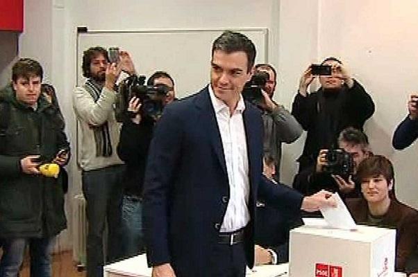 Sánchez vota su pacto con Ciudadanos convencido del sí de la militancia.