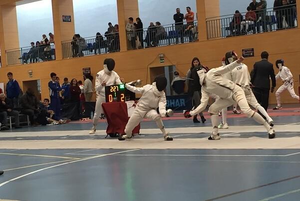 Toni Carles del Esgrima Marítim sexto en el Campeonato de España Junior.