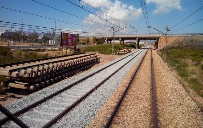 UNISED se reúne con la ministra de Fomento para desbloquear el cierre del corredor ferroviario Valencia-Castellón.