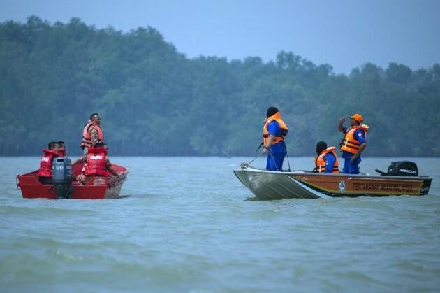 Unas 15 personas se encuentran desaparecidas en un naufragio en Malasia. (Fuente-The Star).