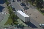 camion ciudad cortada