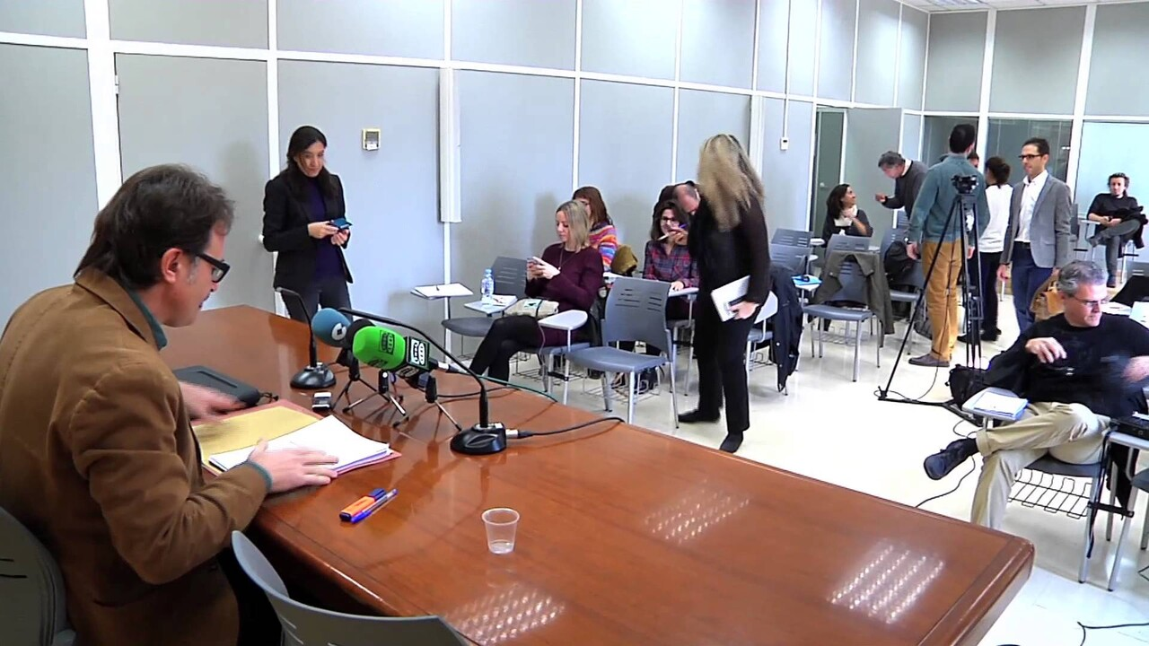 """L'Ajuntament ha deixat d'ingressar uns set milions d'euros per l'""""autorització gratuïta"""" del bus turístic"""