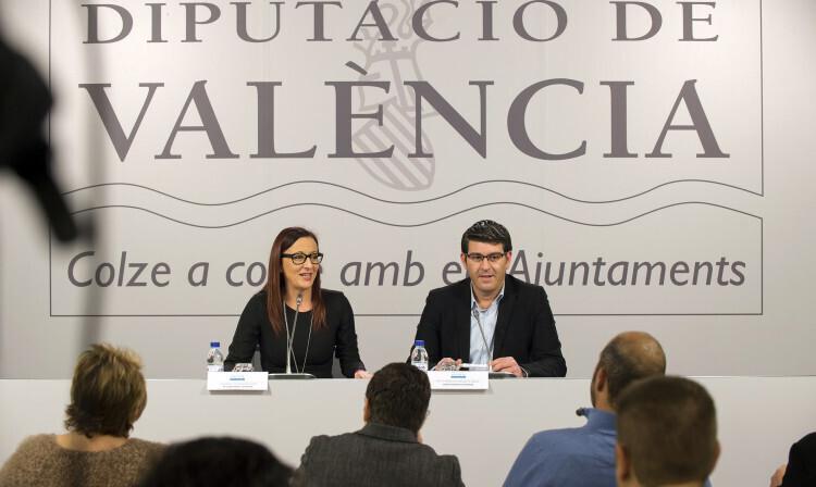 1- RdP encuesta gestión y servicios Diputación Valencia foto_Abulaila (2)