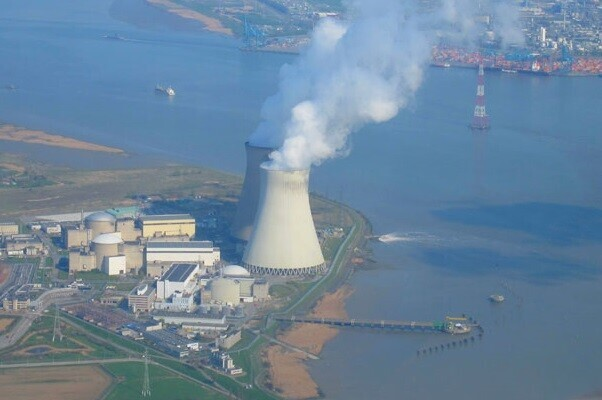 Bélgica incrementa su vigilancia al descubrir el asesinato de un guardia de seguridad en una central nuclear.