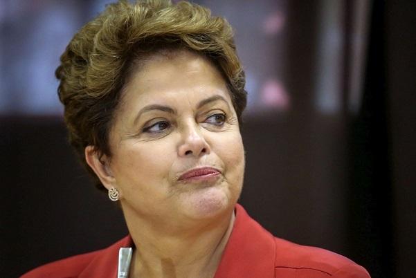 Dilma Rousseff dice que no renunciará a su cargo.