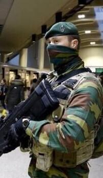 Dos explosiones sucedieron en el aeropuerto de Zaventem y uno en una estación del metro de Bruselas.