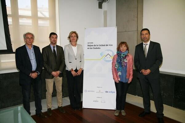 El Ayuntamiento acoge la jornada de 'Mejora de la Calidad del Aire en las Ciudades'.