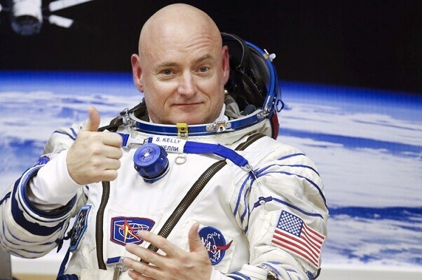 El cosmonauta Scott Kelly creció cinco centímetros tras estar 340 días en el espacio.