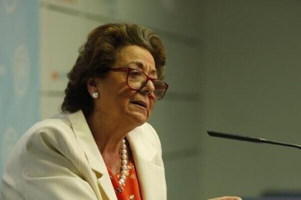 El juez imputa al PP de Valencia por blanqueo y ofrece a Barberá declarar antes de decidir elevar la causa al TS.
