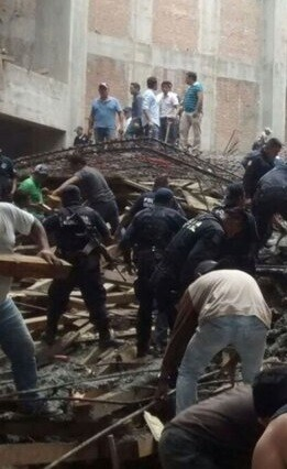 En un primer momento, las autoridades hablaron de tres fallecidos y seis desaparecidos.