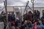 """España rechazará expulsiones colectivas de refugiados y considera """"inaceptable"""" la propuesta turca."""