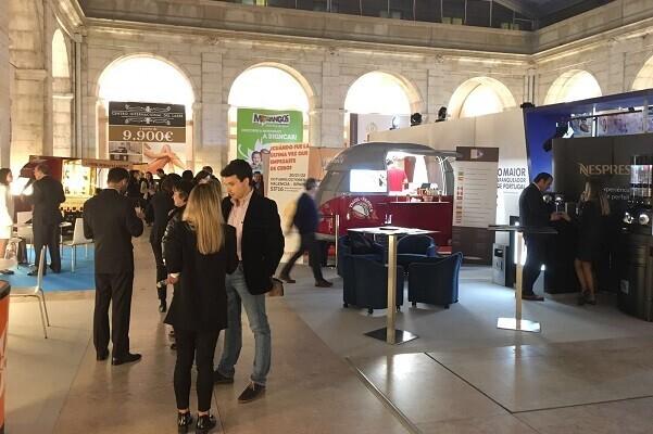 Feria Valencia reúne expositores de nueve países en la primera Feria Internacional de la Franquicia de Lisboa.