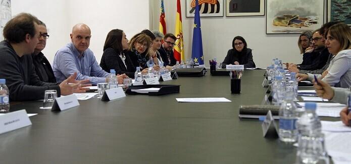 La Comisión Mixta de de Atención y Acogimiento a Personas Refugiadas y Desplazadas estuvo presidida por Mónica Oltra.
