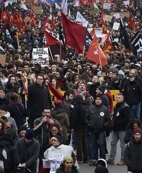 La convocatoria fue realizada por los cuatro grandes sindicatos franceses.