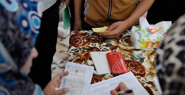 La portavoz de ACNUR, Ariane Rummery, apeló a las autoridades a realizar los controles de seguridad fuera de los locales de los campamentos.