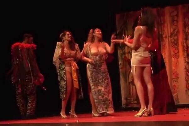 Las Reinas Magas suben al Teatro Principal su espectáculo 'Chao Chochín'.