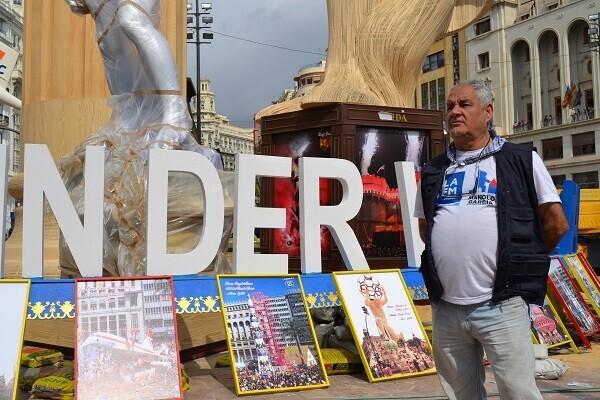 Manolo García aspira a plantar en próximas ediciones la Falla del Ayuntamiento de Valencia.