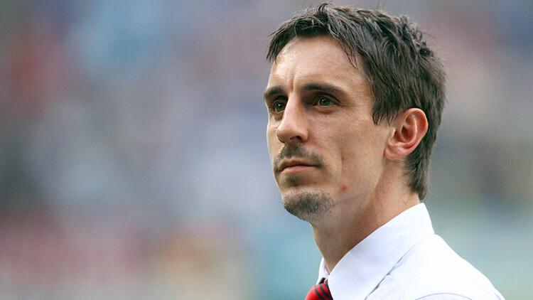 Neville sabe que el Valencia se juega la temporada contra el Athletic