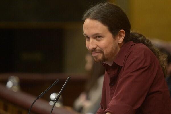 Pablo Iglesias propone un 'gobierno a la valenciana' para Sánchez.