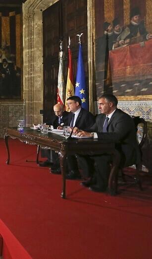 Puig presidió la sesión plenaria del Alto Consejo Consultivo en I+D+i.