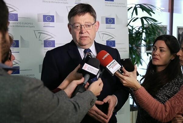 Puig rechaza los recortes que propone la UE 'porque hemos llegado a una situación raquítica del estado del bienestar'.