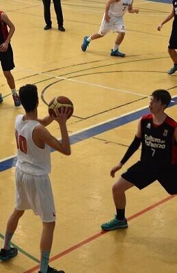Un total de 1.200 jugadores de 100 equipos de toda España participaron del evento.