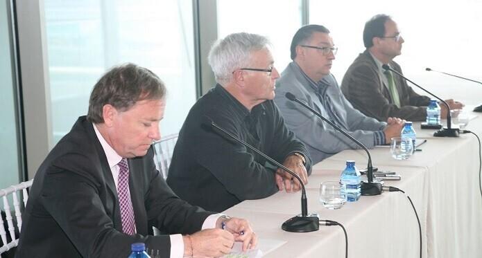 Vicent Llorens se ha comprometido a presentar, en junio o julio, una propuesta estratégica de acción que recoja todas las iniciativas.