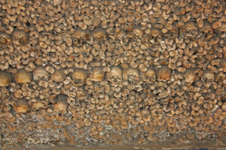 la-capilla-de-los-huesos-2