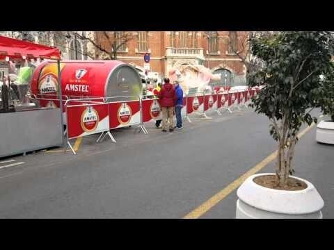 Los trabajos para el montaje de la falla Plaza del Mercado ya han comenzado