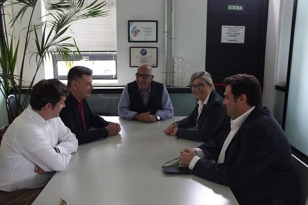 Aguar y Peris visitan Massanassa para dar a conocer las subvenciones de la Diputación en la localidad de l'Horta Sud.