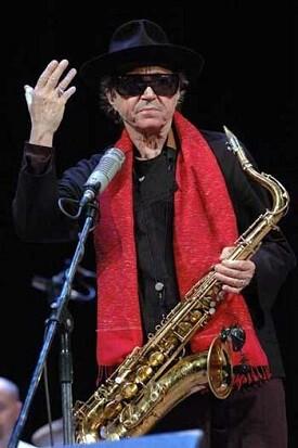 Barbieri, dejó más 35 discos grabados.