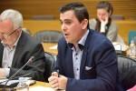 Ciudadanos lamenta que 'el tripartito promueva una reforma electoral descafeinada para ganar un socio de Gobierno'.