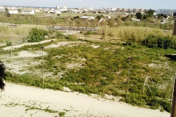 Ciudadanos logra que el Ayuntamiento se comprometa a acondicionar en un año un campo para el Sporting Club de Benimaclet.