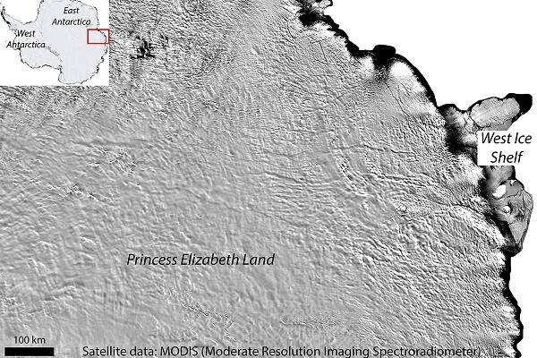 Descubren un lago bajo la Antártida que podría albergar formas de vida desconocidas.