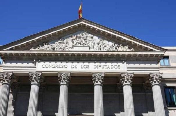 El Congreso aprueba la iniciativa de Compromís para que los saharauis puedan acceder a la nacionalidad española.
