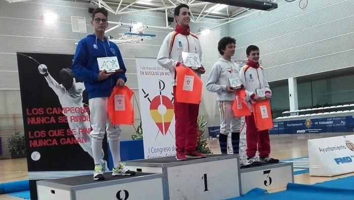 El Sala d'Esgrima Marítim València clasifica tres tiradores y un equipo para el Campeonato de España Infantil.