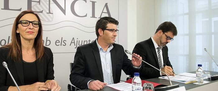 El programa este año repartirá 34 millones de euros, el doble que en 2015, entre 261 municipios, 26 mancomunidades y 3 entidades menores. (Foto-Abulaila).