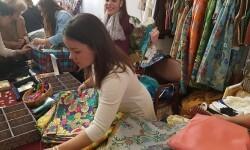 Feria Low Cost Fallera Aguas de Marzo,Il.lusions,Carmen Gimenez,Pasaje 10,Orfebres Montoya,L' Atelier de la seda,Art & Moño,AbaniKate Valencia,Flor de Coto,Indumentaria Valenciana Amparo y Paz,Silu,Inma (67)