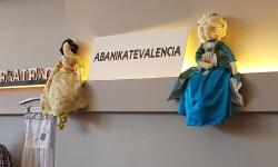 Feria Low Cost Fallera Aguas de Marzo,Il.lusions,Carmen Gimenez,Pasaje 10,Orfebres Montoya,L' Atelier de la seda,Art & Moño,AbaniKate Valencia,Flor de Coto,Indumentaria Valenciana Amparo y Paz,Silu,Inma (89)