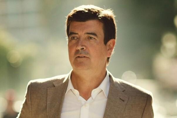 Fernando Giner-'Ribó decide en solitario'.